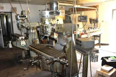 Bridgeport Vertical Milling Machine, SN: 12BR95758, 1 HP Variable Speed Head,