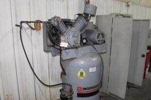 Ingersoll-Rand T30 Vertical Air Compressor, SN: 779031, 5HP