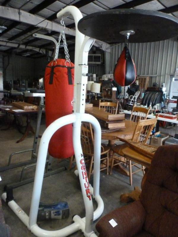Century 10870 Punching Bag Stand 84 H With Heavy