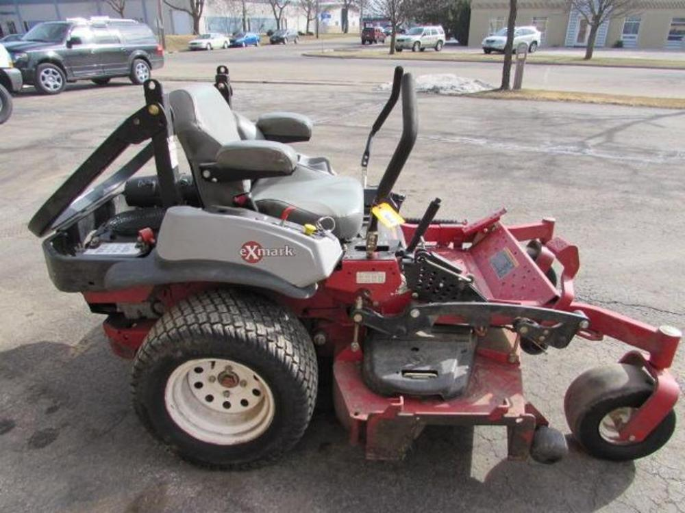 EXMARK LAZER Z LZZ29KCE606 Zero-Turn Commerical Riding Mower