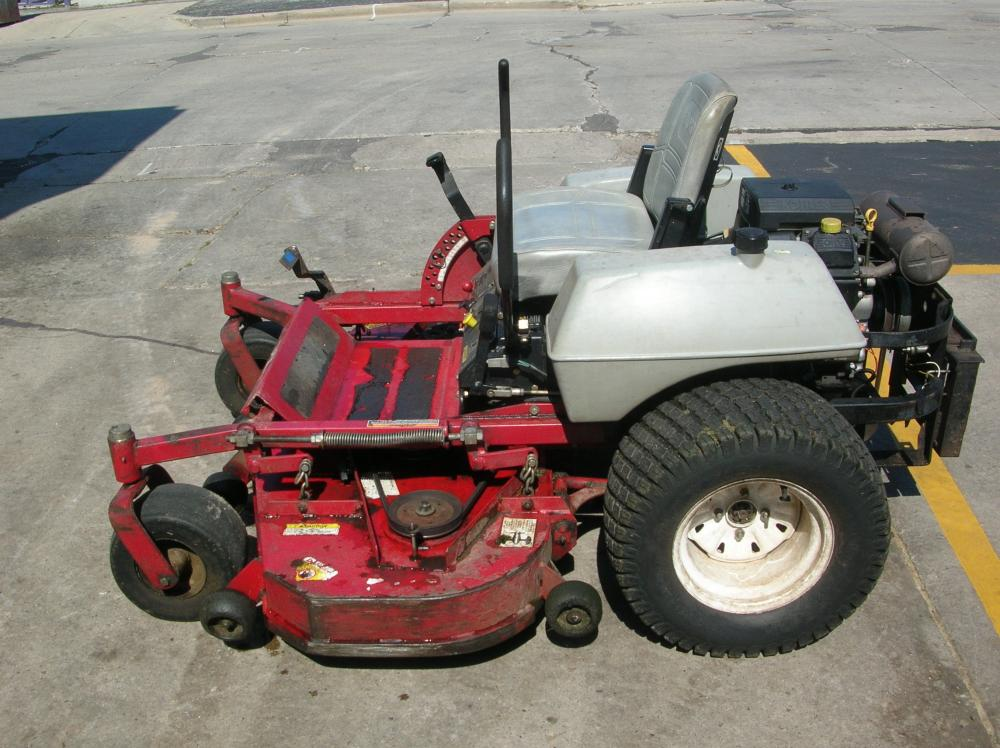 ExMark Lazer Z Zero Turn Commercial Riding Mower, Kohler 25 hp Gas
