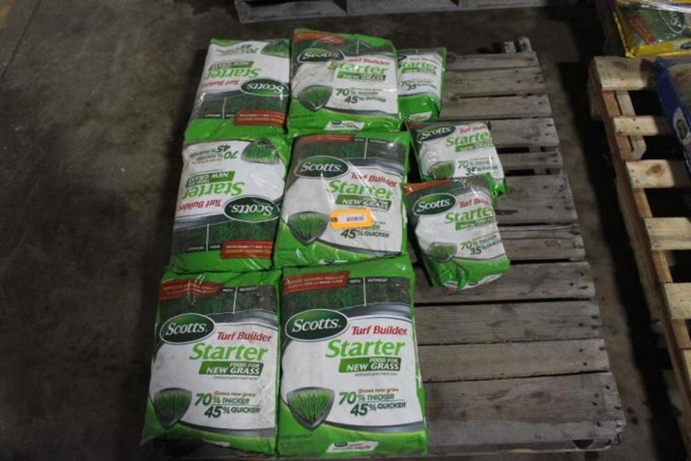 Lot of Scotts Turf Builder Starter & Fertilizer - Current price: $205