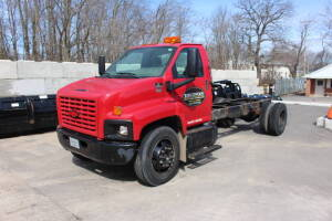 2006 Chevrolet C6500 Single Axle Cab & Chassis, VIN: 1GBJ6C1326F403520, Automatic Transmission,