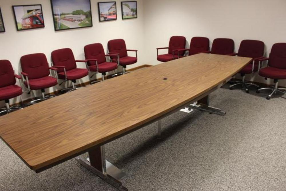 X Laminate Top Conference Table W Fabric Chairs On - 10 x 4 conference table