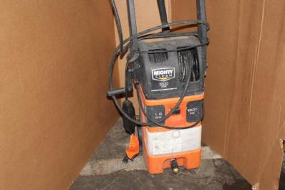 Mighty Clean 1800 psi Electric Pressure Washer