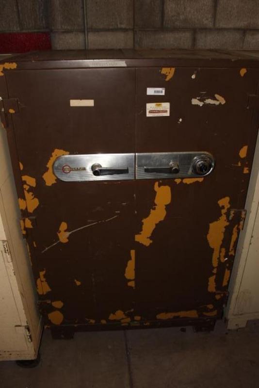 Mosler Safe, LOCKED!, 39 5