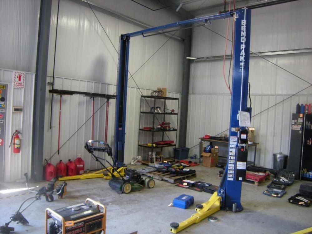 2016 Bend Pak XPR-10AS-LP 2-Post Above Ground Vehicle Lift w