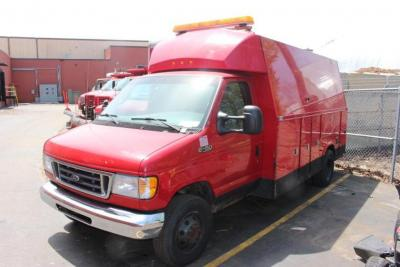 2005 Ford E-450 Super Duty Service Truck, VIN: 1FDXE45SO5HB24467, 110,058 Miles,
